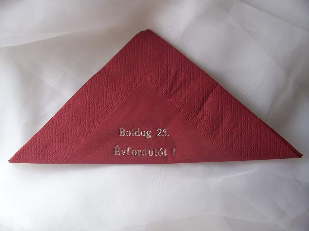 Boldog 25. évfordulót ! szalvéta (12 db/cs) bordó vagy krém színben