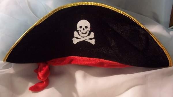 kalóz kapitány kalap (plüss)