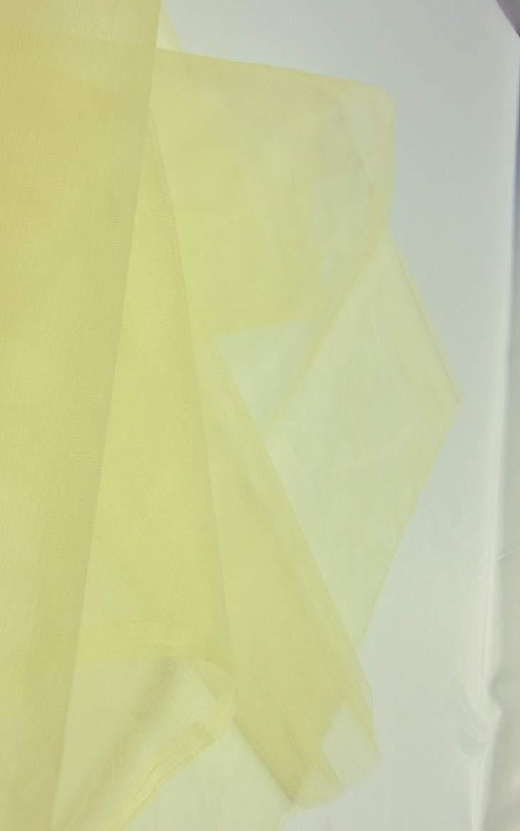 krém tüll dekoranyag (1,5 m széles)