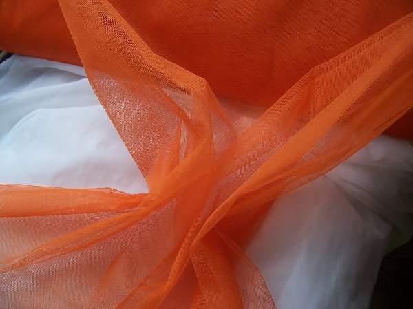 narancs tüll dekoranyag(1,5 m széles)