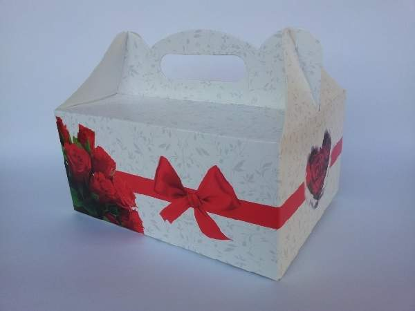 Sütis doboz vörös rózsás-masnis (19,5*14*9 cm)