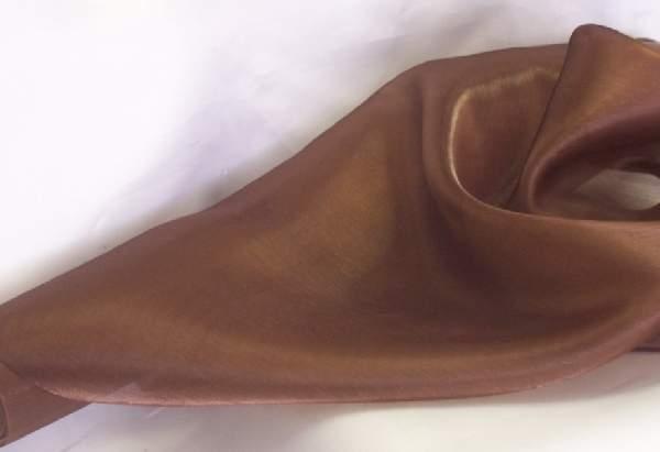 Szatén-organza (47 cm * 10 m) csoki