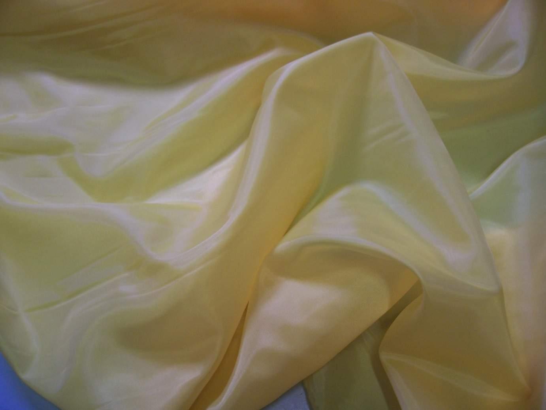 krém selyem dekoranyag 150 cm széles (méterre)
