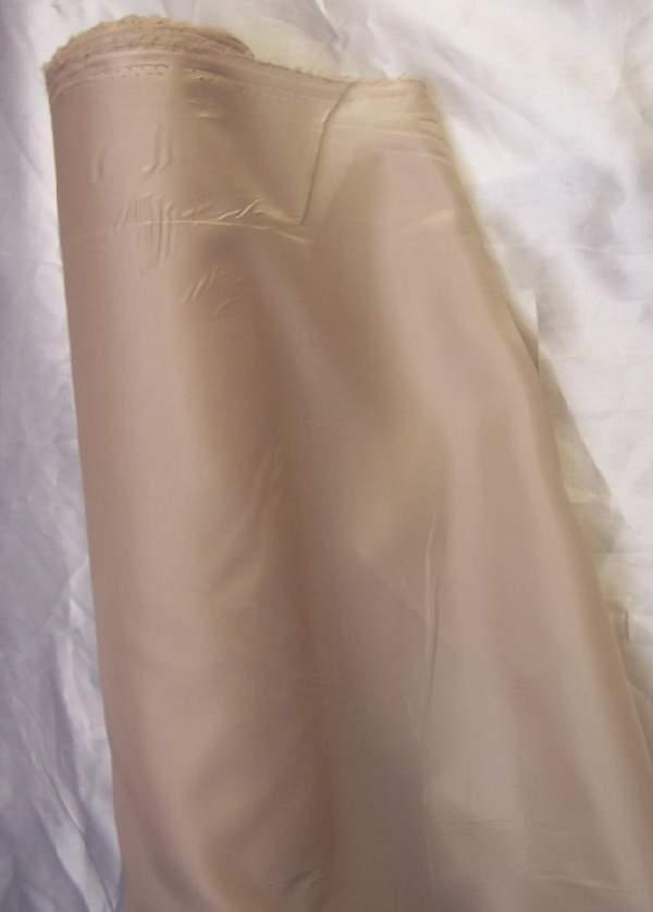 bézs 822. selyem dekoranyag 150 cm széles (méterre)