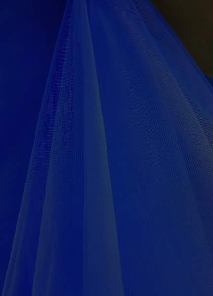 sötétkék/tengerészkék tüll dekoranyag (1,5 m széles)