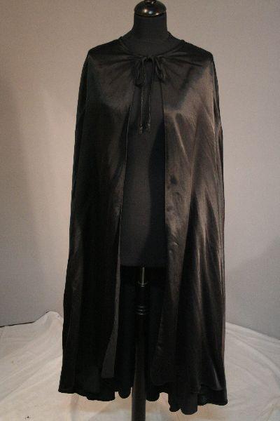 Fekete selyem köpeny (85 cm hosszú)