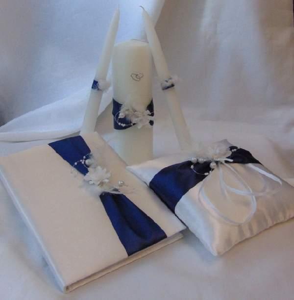 esküvői gyűrűpárna tengerészkék díszítéssel (18*18 cm)