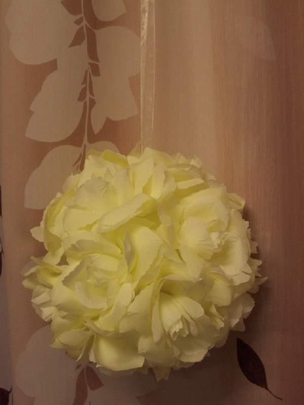 rózsagömb óriás szatén krém (35 cm)