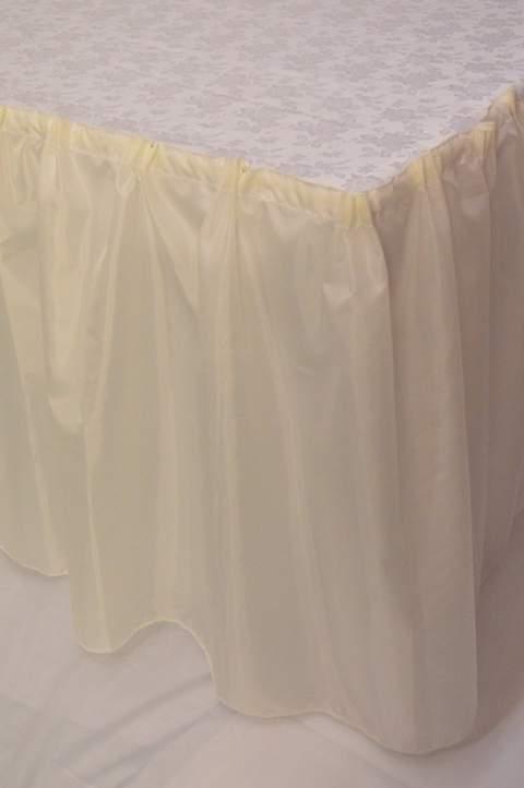 Asztalszoknya dekorselyem (450 cm* 75 cm) krém