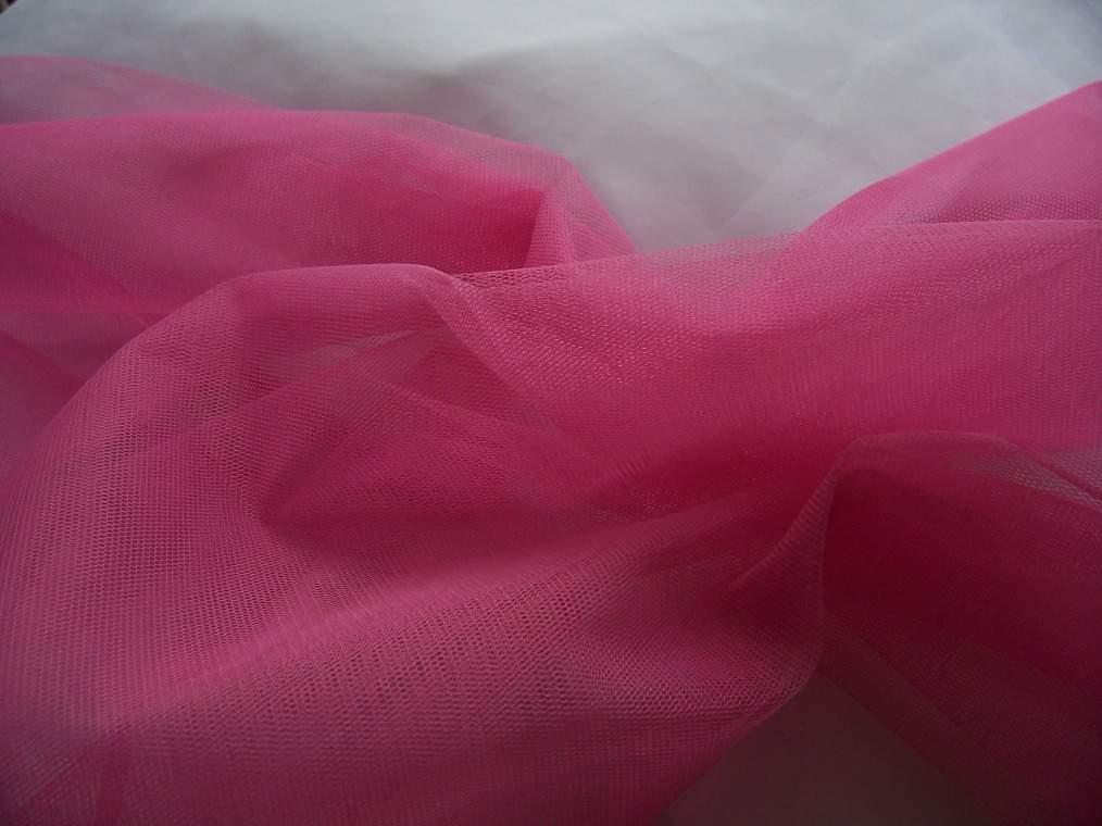 pink tüll dekoranyag(1,5 m széles)