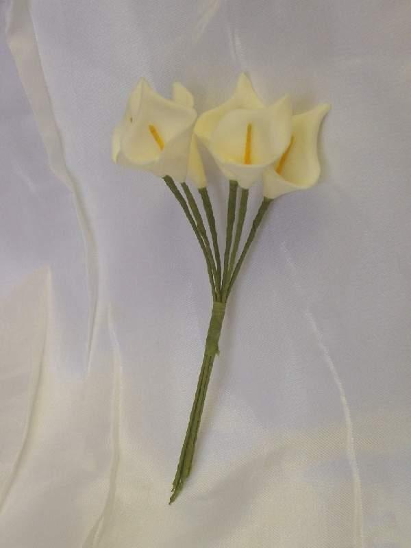 Kála csokor mini (polifoam).12 szálas, 10 cm