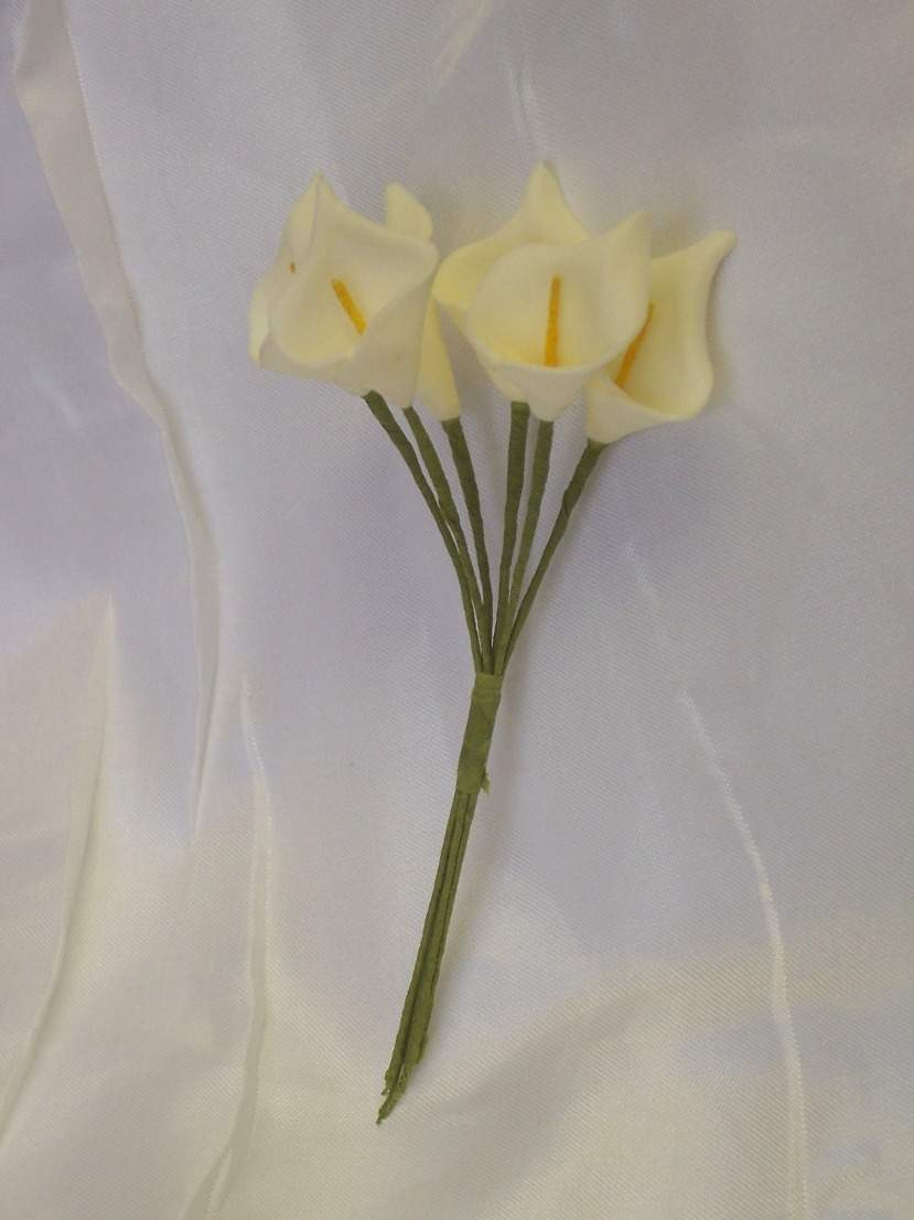 Kála csokor (polifoam).12 szálas, 18 cm