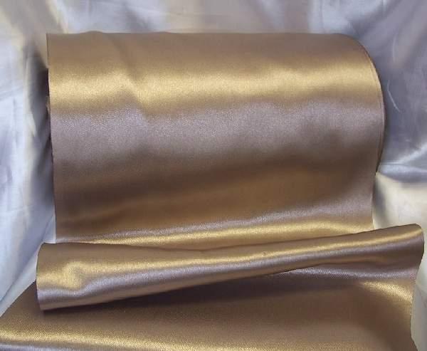 szatén selyem asztali futó (23 cm * 10 m) cappuccino